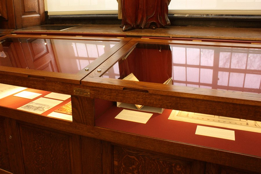 Exhibition Case: Queen's College Upper Library